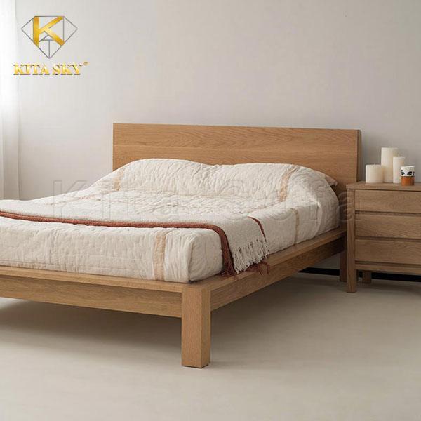 Giường gỗ mang lại giá trị thời gian cao nhưng không mang tới sự êm ái và thoải mái hoàn toàn.