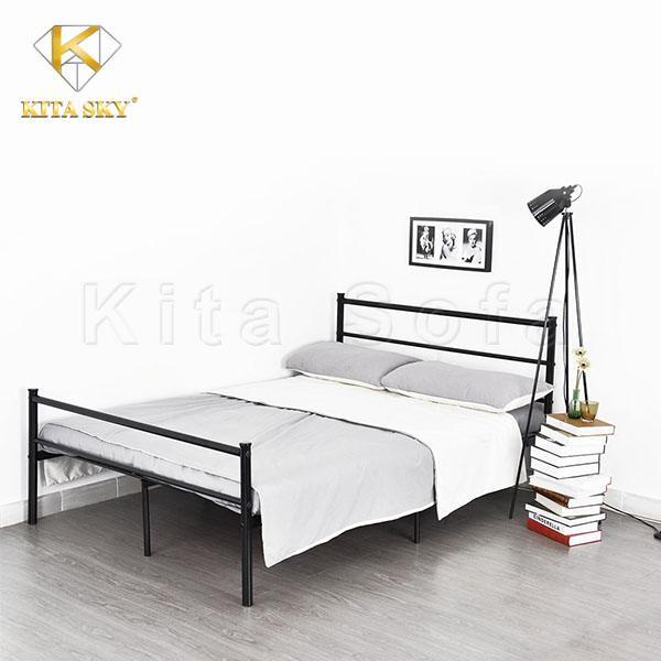Giường inox có giá thành khá ổn với thiết kế nhỏ gọn