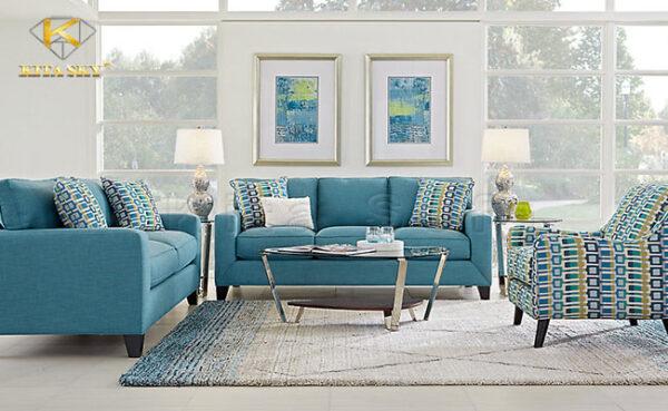 Hãy sử dụng tranh ảnh có màu sắc tươi sáng để trang trí cho phòng khách