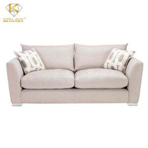 Mẫu ghế sofa phòng khách nhỏ giá rẻ màu sáng luôn là lựa chọn của nhiều người