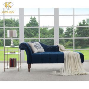 Những mẫu sofa thư giãn phòng khách màu xanh coban khiến không gian thêm nổi bật. Phối hợp cùng những vật dụng có gam màu trắng hay kem sẽ càng tôn lên nét đẹp quý phái.