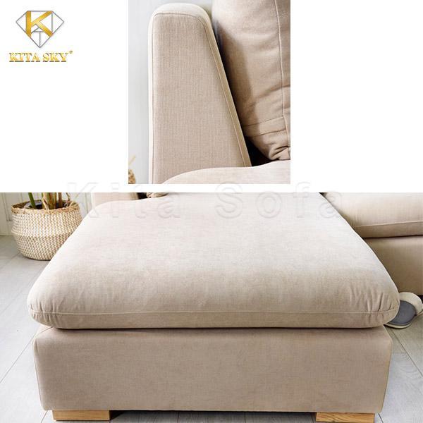 Sofa vải dễ vệ sinh và thấm hút tốt, mang đến cảm giác mát mẻ dễ chịu