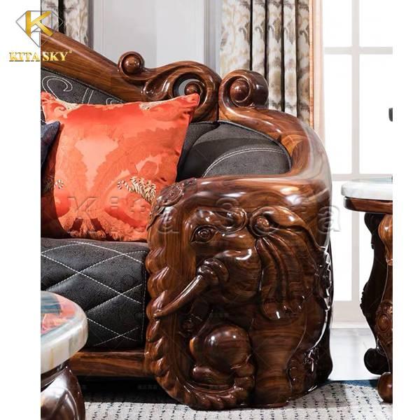 Những mẫu sofa gỗ cao cấp bọc da châu Âu rất thích hợp đặt trong nhà biệt thự, penhouse, villa,...