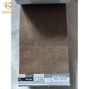 Việc báo giá vải bọc sofa vô cùng dễ dàng khi khách hàng nhắn tin hay qua trực tiếp cửa hàng của Kita để xem.