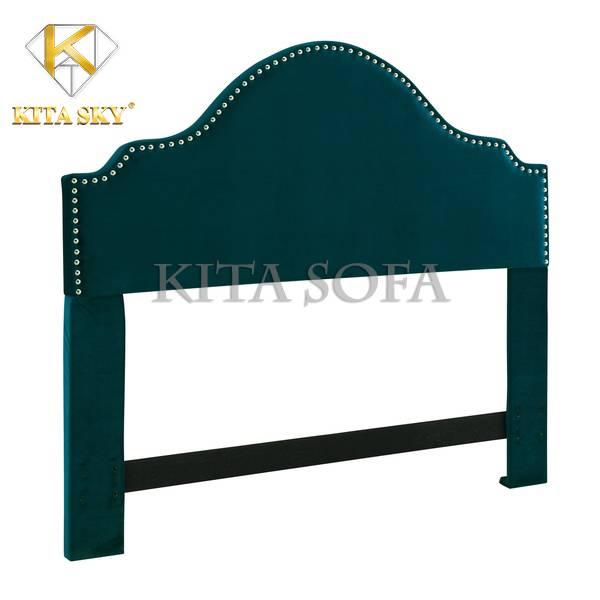 Đầu Giường Bọc Nệm Sullivan pha lẫn chút cổ điển và hiện đại. Mẫu nệm giường này có thể dễ dàng tháo lắp dễ dàng. Có thể lắp đặt thêm vào những chiếc giường đơn mua sẵn những bị trống phần đầu