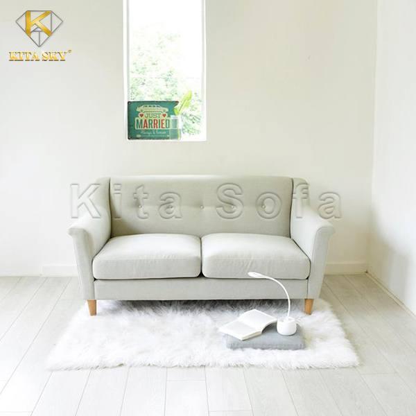 Mẫu sofa cho phòng khách Shorte màu xám trắng nhẹ nhàng cho không gian thanh lịch, tinh tế.