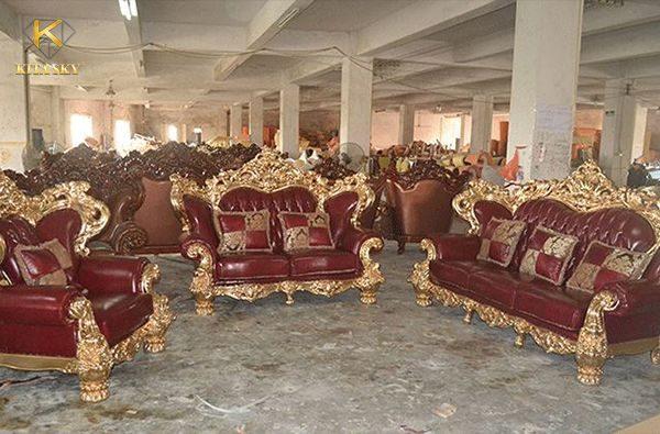 Hình ảnh quy trình sửa chữa tại công ty bọc ghế sofa cổ điển Kita