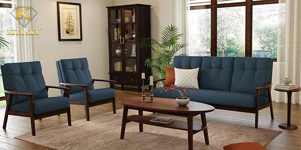 Bộ bàn ghế sofa gỗ bọc nệm luôn là một trong những lựa chọn hàng đầu của các gia đình Việt hiện nay