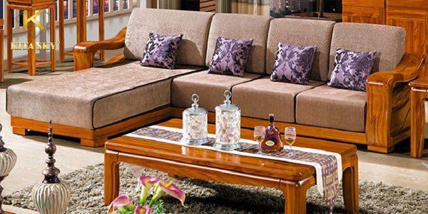 Bọc đệm ghế gỗ phòng khách đẹp hơn, êm ái hơn và bảo vệ phần khung gỗ tốt hơn