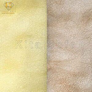 Vải sofa giả da màu vàng - nâu sáng giúp sáng bừng không gian. Tuy nhiên đây là gam màu khá kén không gian nên thường được khách hàng ưu tiên mua bọc sofa cho nơi kinh doanh cafe, trà sữa, karaoke,... hơn nhà ở.