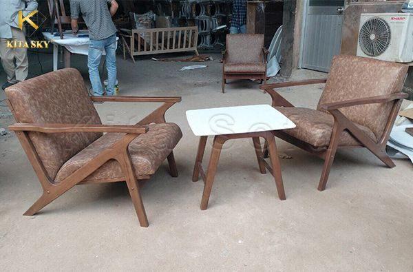 Xưởng sản xuất bàn ghế Kita luôn cung cấp nhiều mẫu mã để khách hàng lựa chọn